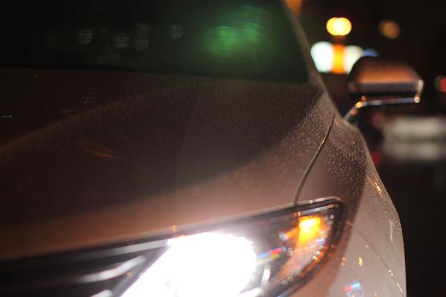 car-483774_640