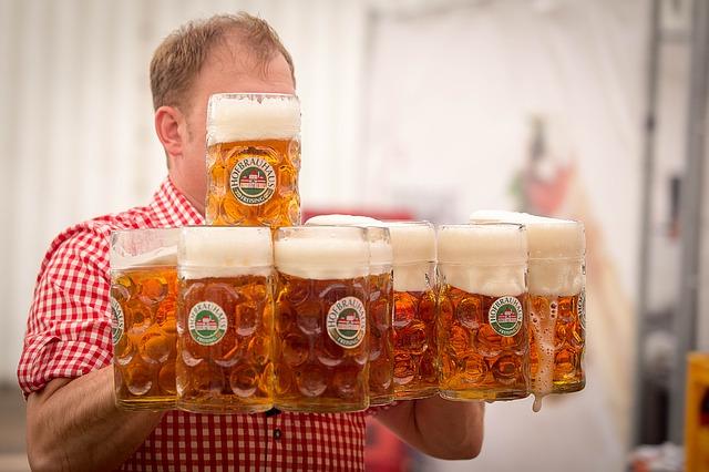 ビール運び