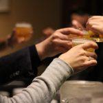 飲み会でお酒を断る方法|「飲めない」と言う勇気をインストールしよう!